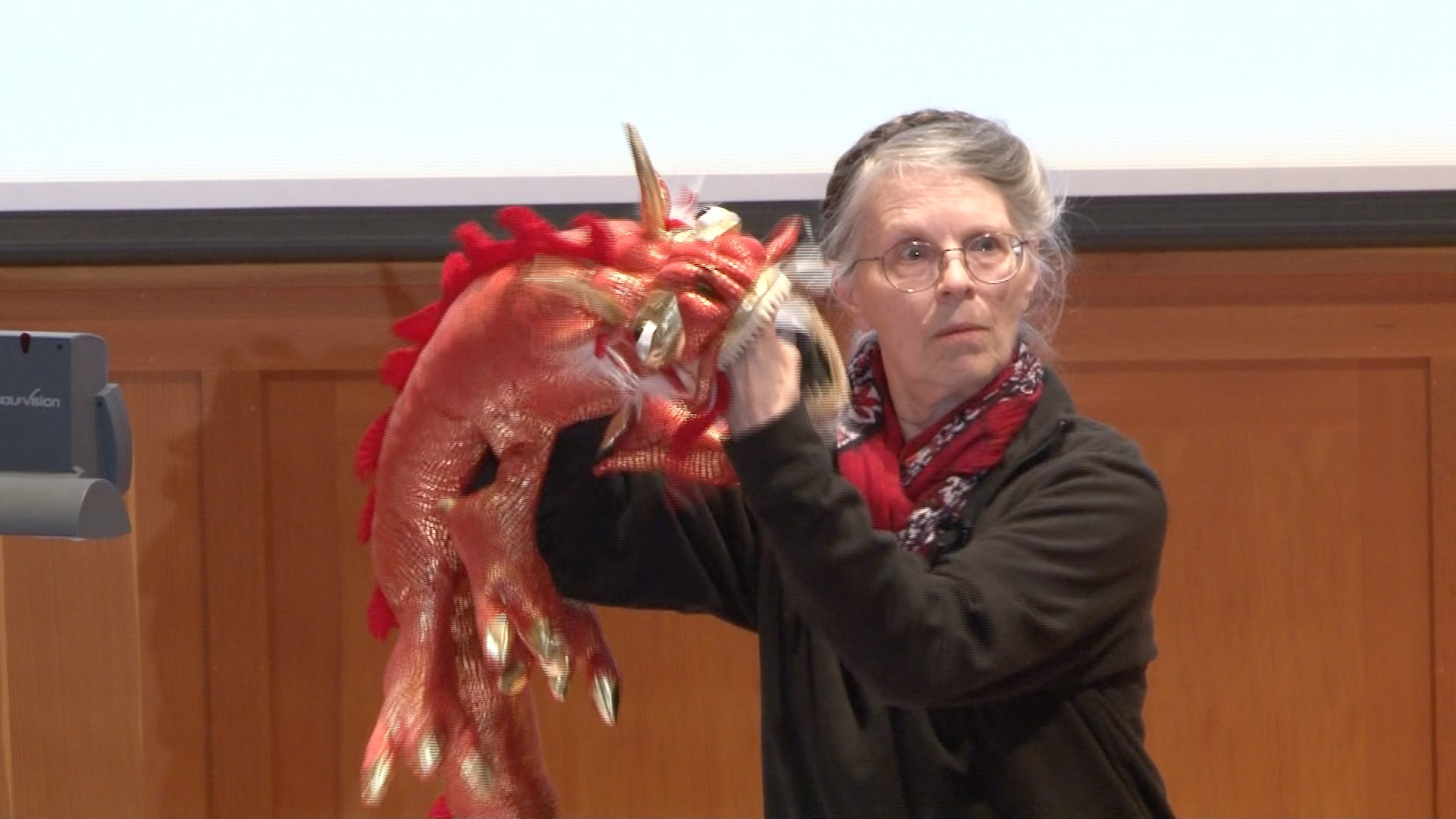 Linda Felver teaching with her puppet